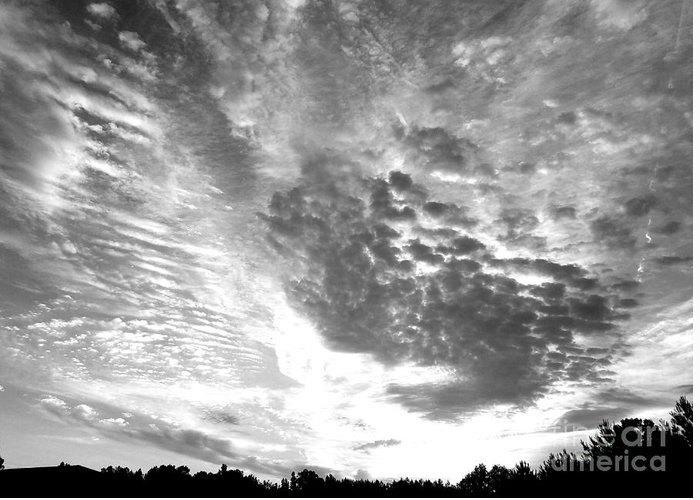 Dramatic Sky Greeting Card featuring the photograph Dramatic Sky Bw by Maria Urso