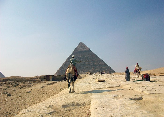 Egypt Greeting Card featuring the photograph Egypt - Pyramid3 by Munir Alawi