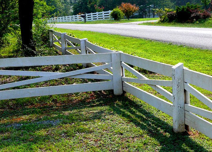 Fences Greeting Card featuring the photograph Ferncliff Fences by Don Whipple
