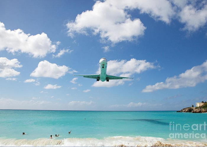 Flying Greeting Card featuring the photograph Final Approach by Kim Fearheiley