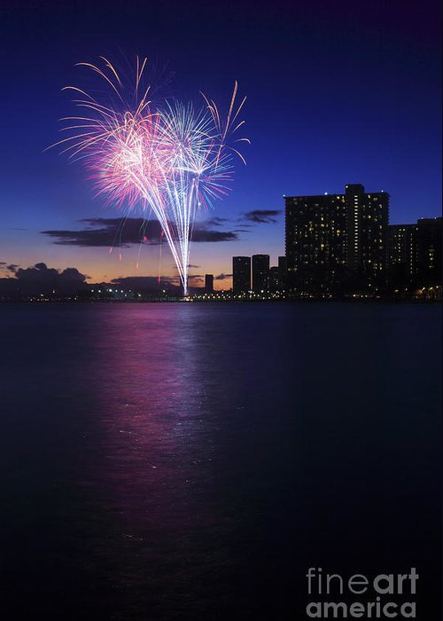 4th Greeting Card featuring the photograph Fireworks Over Waikiki by Brandon Tabiolo - Printscapes