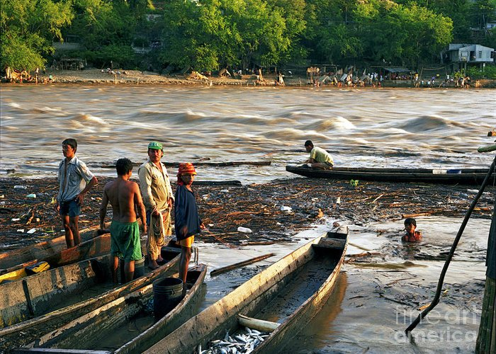 Water Greeting Card featuring the photograph Fishing The River Magdalena by Lawrence Costales