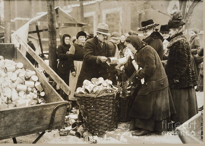 1923 Greeting Card featuring the photograph Germany: Inflation, 1923 by Granger