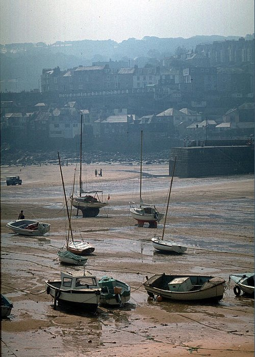 Great Britain Greeting Card featuring the photograph Harbor IIi by Flavia Westerwelle