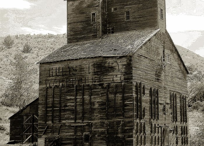 Art Greeting Card featuring the painting Hunts Ferry Barn by David Lee Thompson