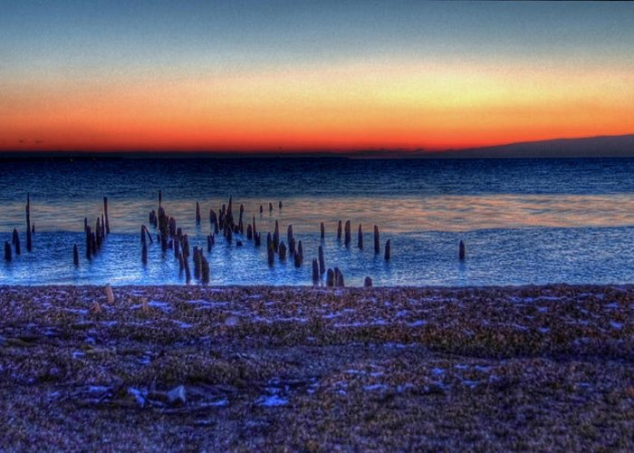 Hdr Greeting Card featuring the photograph Icy Dawn by E R Smith