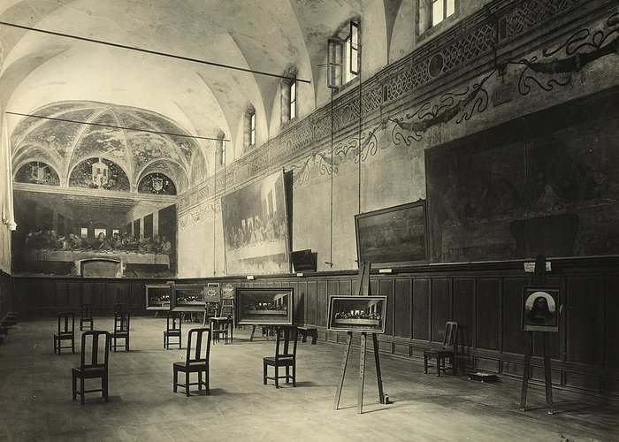 Wall; Fresco; Ecclesistical Interior; Vaulted Ceiling; Da Vinci; Refectory; Convent Greeting Card featuring the painting Interior Of The Dining Hall Of The Church Of Santa Maria Delle Grazie Milan by Alinari