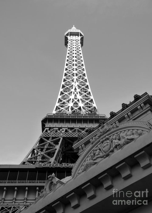 Paris Hotel Greeting Card featuring the photograph Le Eiffel by David Bearden