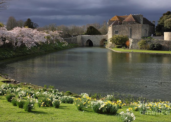 Kent Greeting Card featuring the photograph Leeds Castle In Kent United Kingdom by Kiril Stanchev