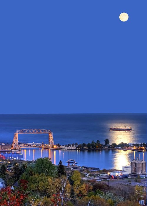 Duluth Greeting Card featuring the photograph Lift Bridge Moonglow by Bryan Benson
