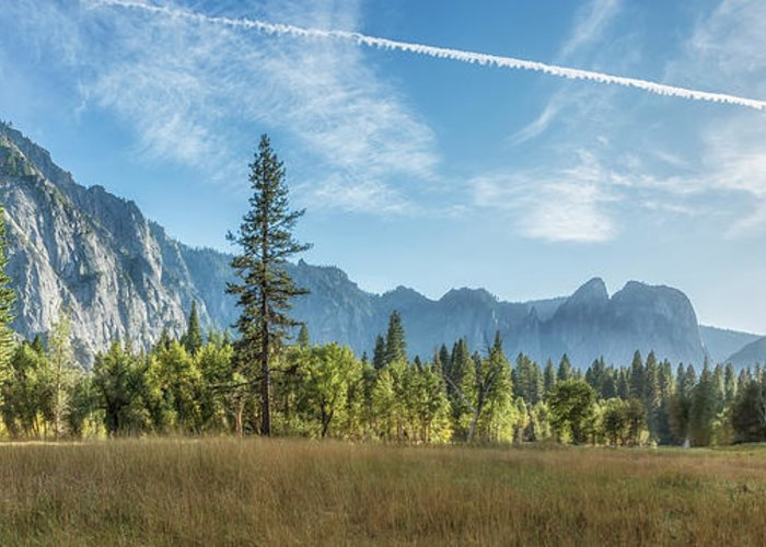 Cook's Meadow Greeting Card featuring the photograph Light Across The Valley by Belinda Greb