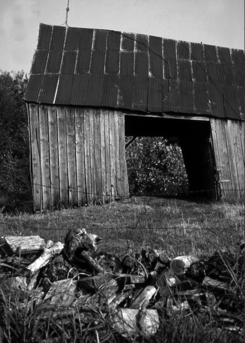 Vintage Greeting Card featuring the photograph lloyd-shanks-barn-2BW by Curtis J Neeley Jr