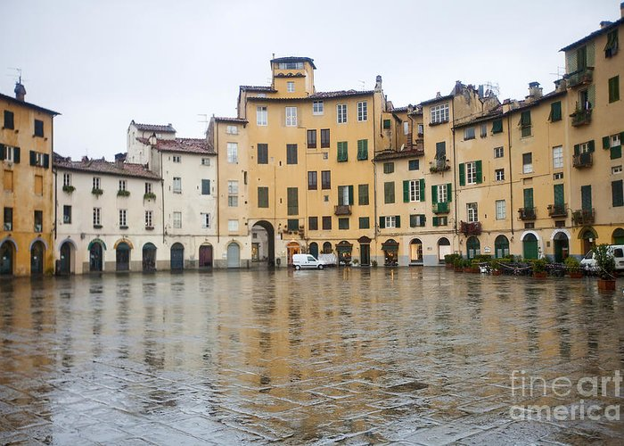 Anfiteatro Greeting Card featuring the photograph Lucca by Andre Goncalves