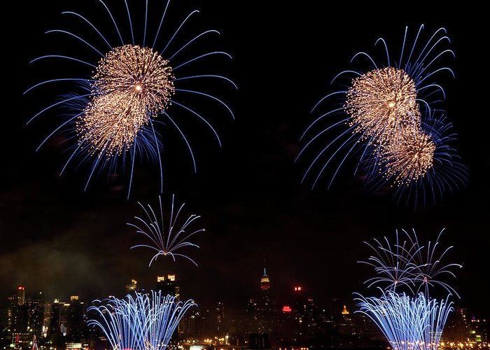 4th Of July Greeting Card featuring the photograph Macy's Fireworks IIi by David Hahn