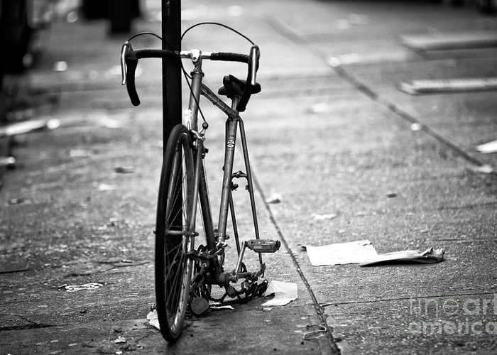Midtown Bicycle Greeting Card featuring the photograph Midtown Bicycle by John Rizzuto
