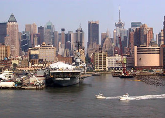 Manhattan Greeting Card featuring the photograph Midtown Manhattan Panorama by Thomas Marchessault