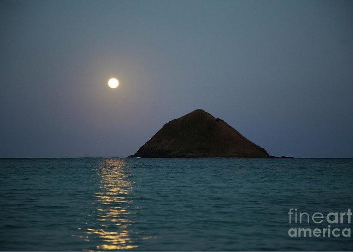 Hawaii Greeting Card featuring the photograph Moonrise Over Moku Iki by Charmian Vistaunet
