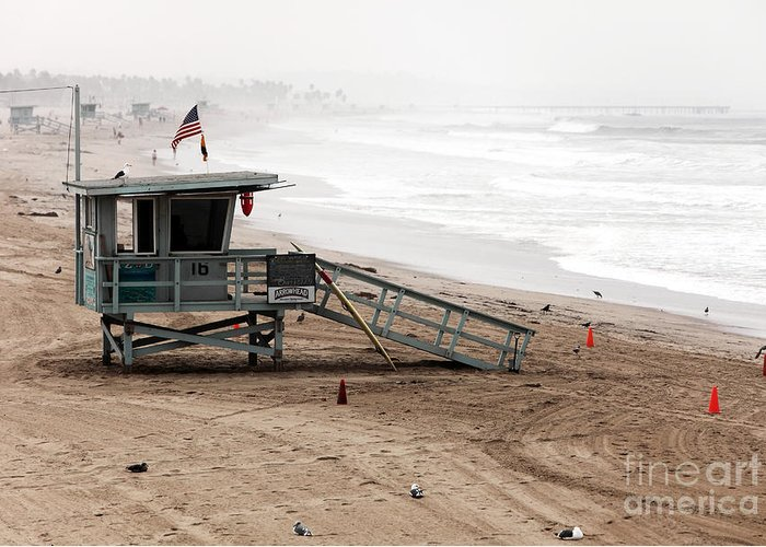 Santa Monica Beach Greeting Card featuring the photograph Morning In Santa Monica by John Rizzuto