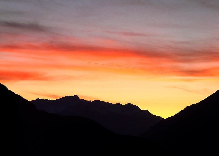 Mountain Greeting Card featuring the photograph Mountain Sunset by Valerie Ornstein