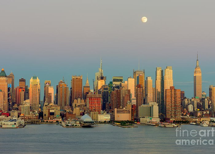 Clarence Holmes Greeting Card featuring the photograph New York City Moonrise I by Clarence Holmes
