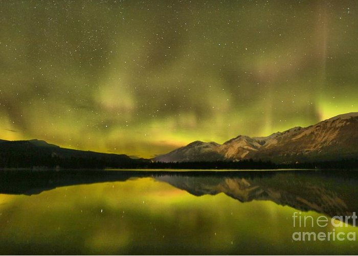 Canadian Northern Lights Greeting Card featuring the photograph Northern Light Beams by Adam Jewell