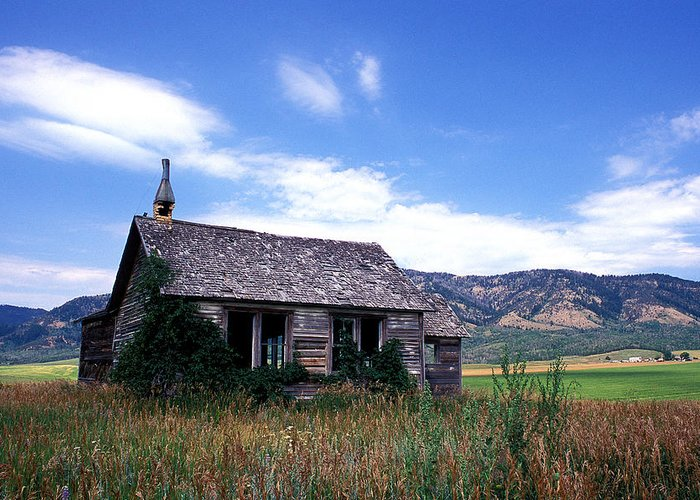House Greeting Card featuring the photograph Old House In Idaho by Kathy Yates