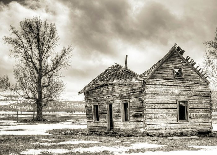 Old Rustic Log House Greeting Card featuring the photograph Old Rustic Log House In The Snow by Dustin K Ryan