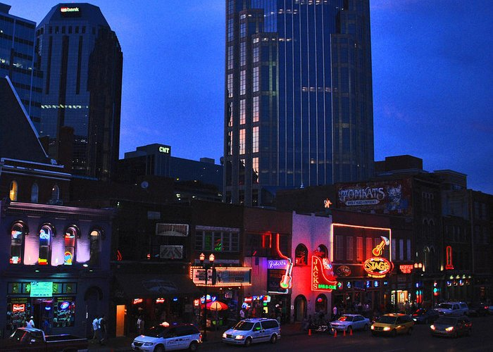 Nashville Photos Greeting Card featuring the photograph On Broadway In Nashville by Susanne Van Hulst