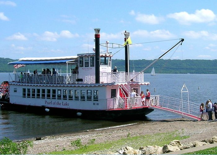 Riverboat Greeting Card featuring the photograph Pearl At Ohuta Beach by Larry Nielson