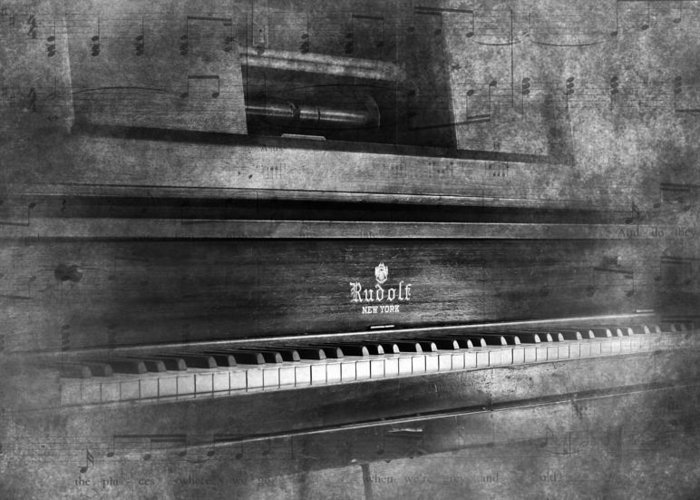 Player Piano Greeting Card featuring the photograph Play Me A Memory by Peter Chilelli