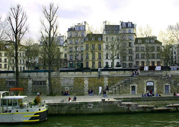 Paris Greeting Card featuring the photograph Quai De Seine by Hans Jankowski