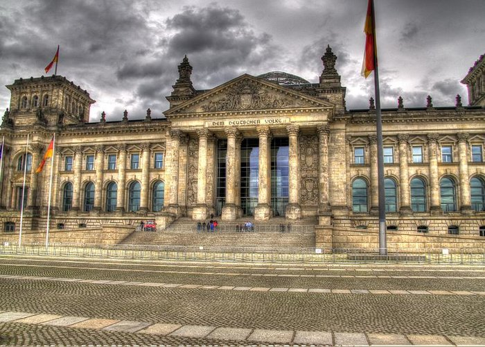 Berlin Greeting Card featuring the photograph Reichstag Building by Jon Berghoff
