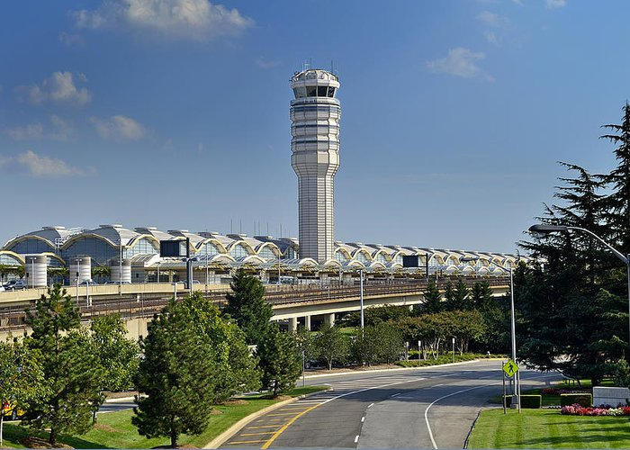 Ronal Greeting Card featuring the photograph Ronald Reagan National Airport by Brendan Reals