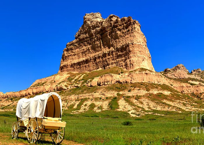 Scotts Bluff Greeting Card featuring the photograph Scots Bluff National Monument by Adam Jewell
