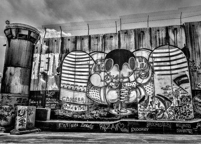 Graffiti Greeting Card featuring the photograph Separation by Stephen Stookey