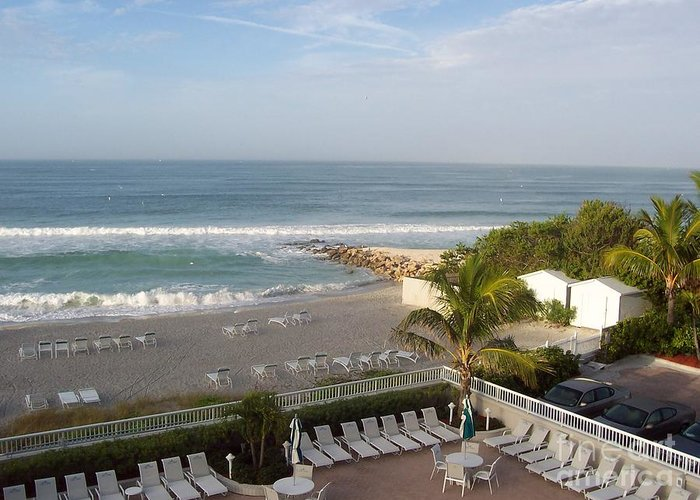 Beach Greeting Card featuring the photograph Serene Sojourn by Vicki Lynn Sodora