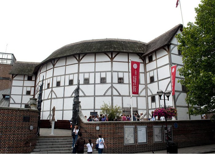 Shakespeare Greeting Card featuring the photograph Shakespeare's Globe Theater by Charles Ridgway