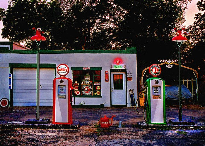 Gas Station Greeting Card featuring the photograph Sinclair by Steve Karol