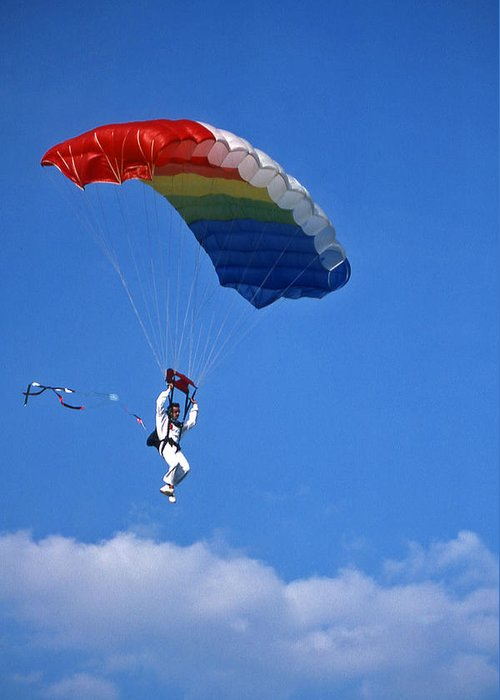 Tennessee Greeting Card featuring the photograph Skydiving - 1 by Randy Muir