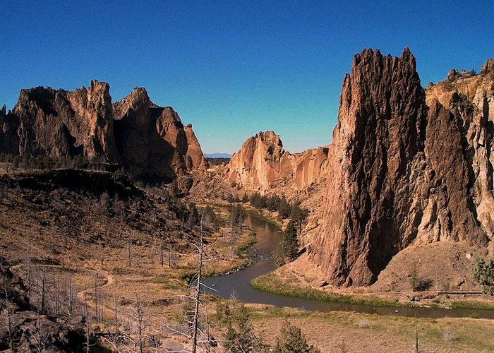 Rock Greeting Card featuring the photograph Smith Rock by Lori Seaman