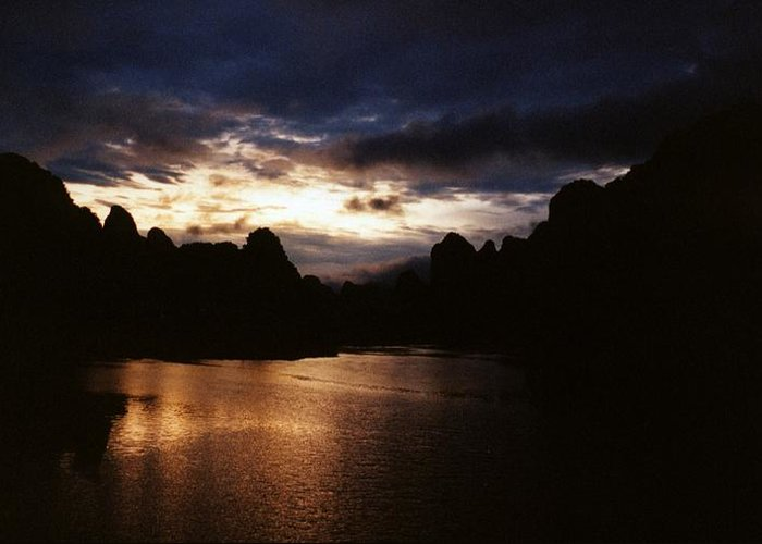 Sunset Greeting Card featuring the photograph Sunset At Yangshuo In China by Gosta Eger