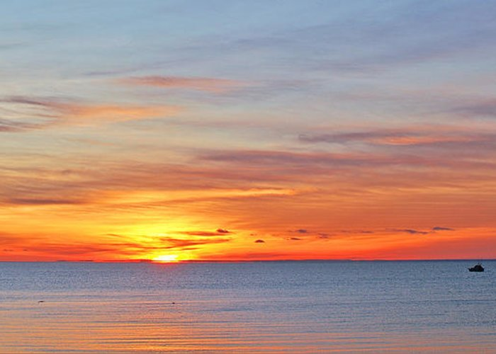 Sunrise Greeting Card featuring the photograph Superior Sunrise by Bill Morgenstern