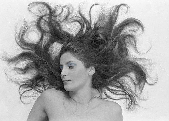 Woman; Glamor; Glamour; Beauty; Bueautiful; Pretty; Skin; Portrait; Nude; Hair; Fashion; Model; Sexy; Sexual; Black & White; B&w; Female; Sensual; Sensuality; Model; Medusa; Mystical; Sorceress Greeting Card featuring the photograph Swirl Girl by Gerard Fritz