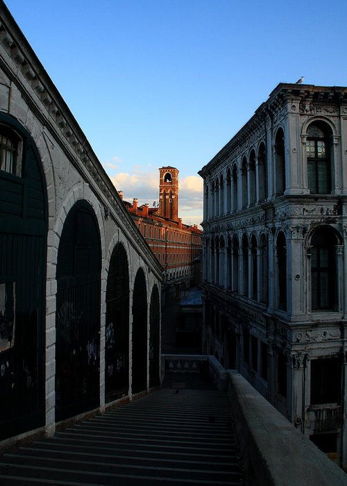 Venice Greeting Card featuring the photograph The Rialto At Sunrise by Michael Henderson