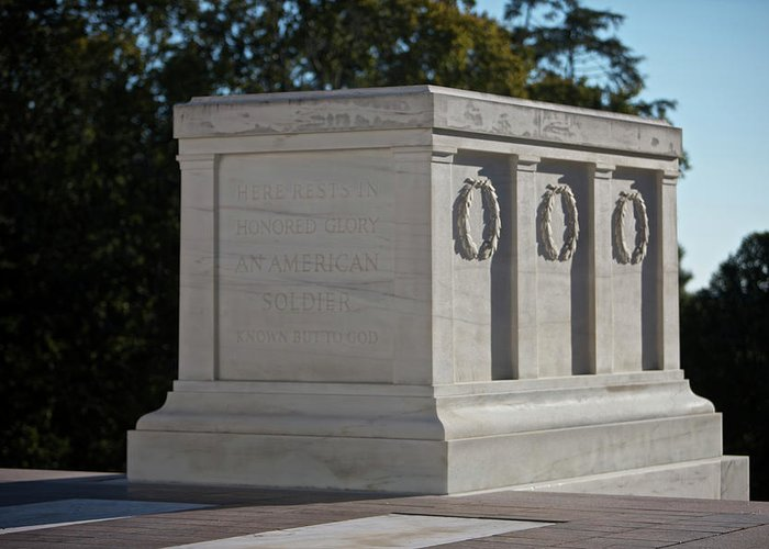 Horizontal Greeting Card featuring the photograph Tomb Of The Unknown Soldier, Arlington by Terry Moore