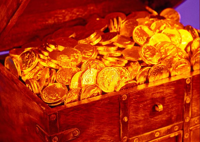 Treasure Chest Gold Coins Pirates Greeting Card featuring the photograph Treasure Chest With Gold Coins by Garry Gay