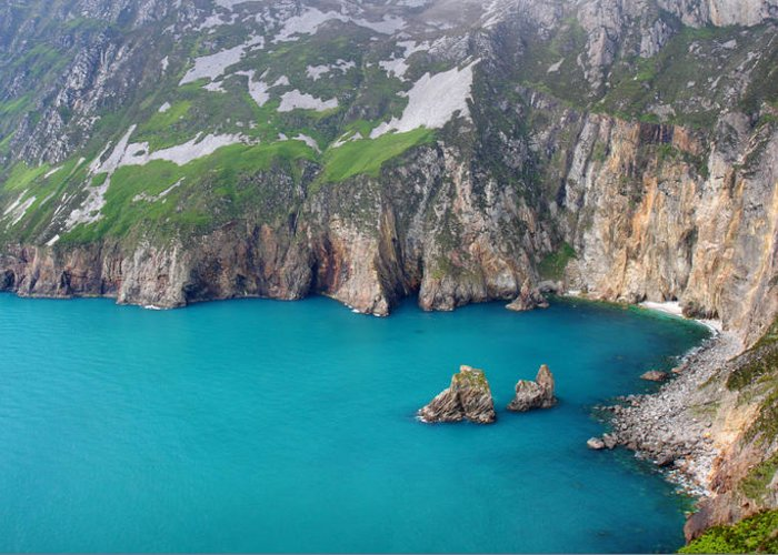 Slieve League Greeting Card featuring the photograph turquoise sea at Slieve League cliffs Ireland by Pierre Leclerc Photography