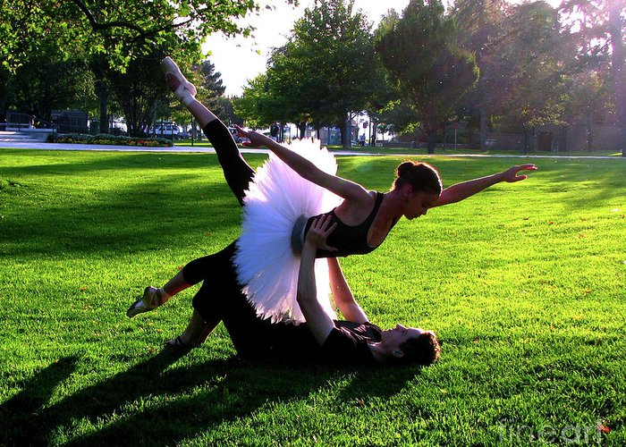 Ballet Greeting Card featuring the photograph Urban Ballet by Chiara Costa