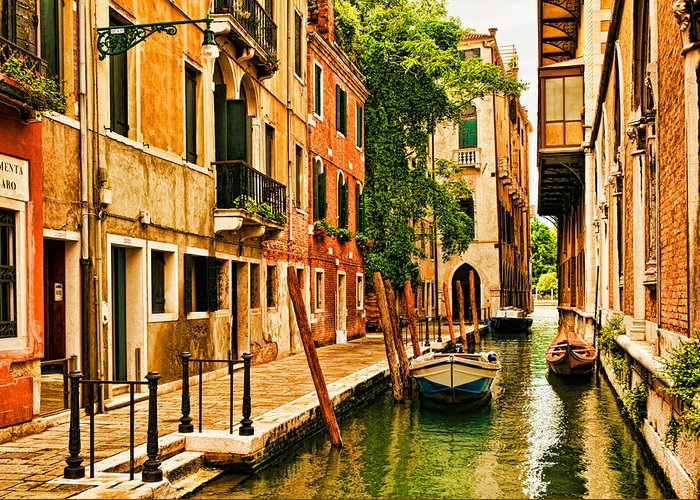 Venice Greeting Card featuring the photograph Venice Alley by Mick Burkey