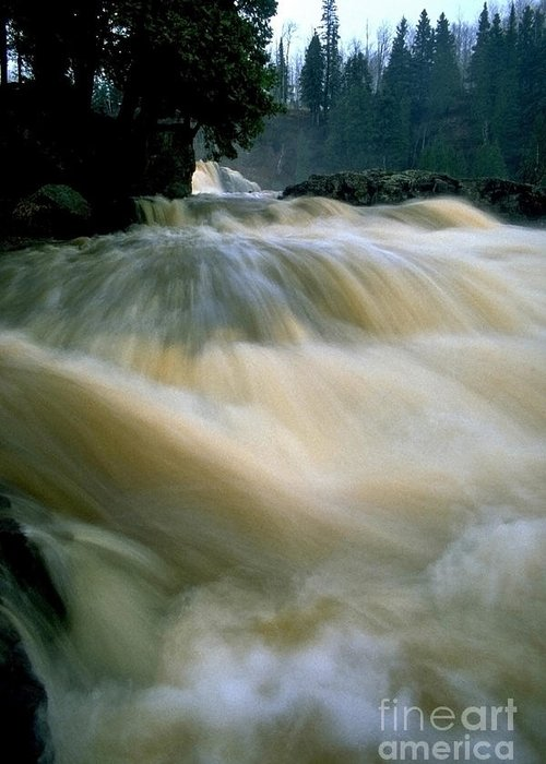 Water Greeting Card featuring the photograph Water Coming Right At You by Sven Brogren
